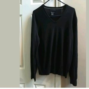 Banana Republic Men's Black V-Neck Sweater Large